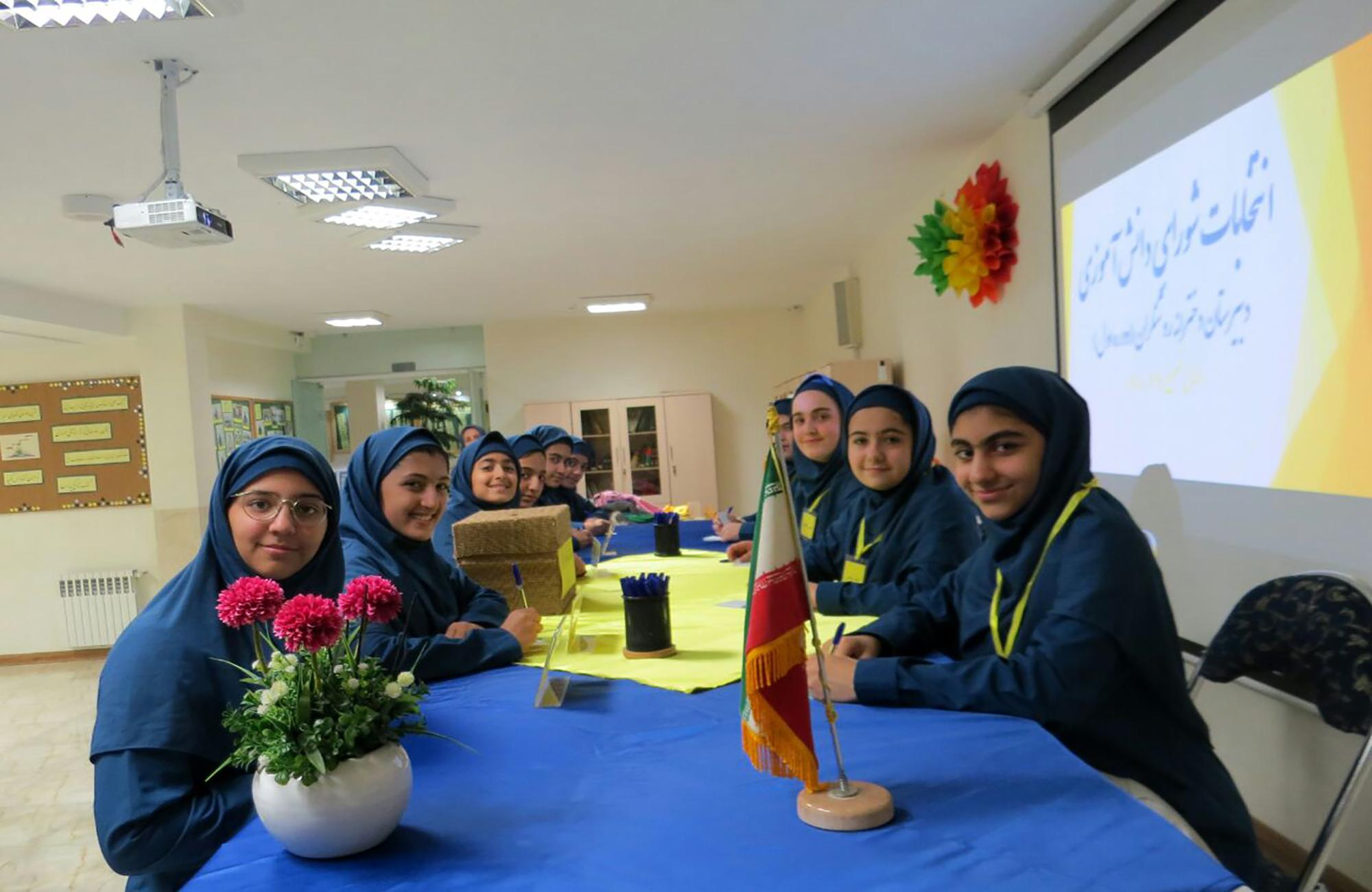 انتخابات شورای دانش آموزی (5)